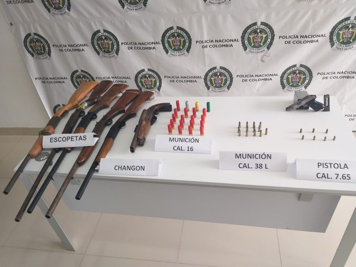 A la cárcel dos presuntos responsables de almacenar armas de fuego