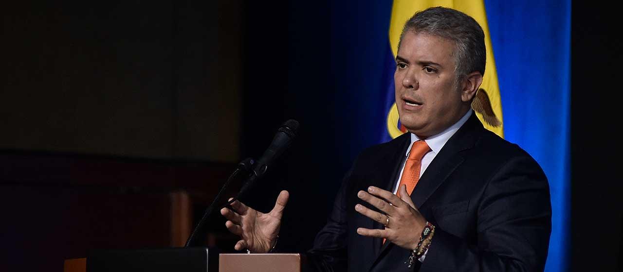 Presidente de Colombia estará en Bolivia y Chile