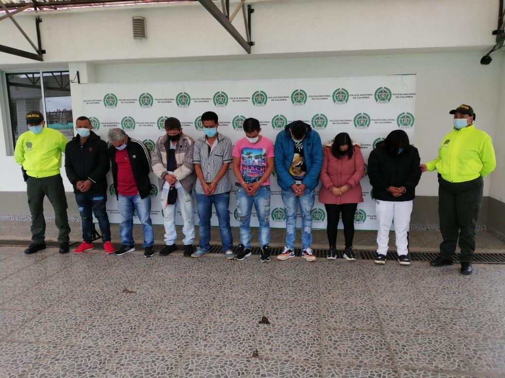 Asegurados 8 presuntos integrantes de 'La Fachada' por micro tráfico