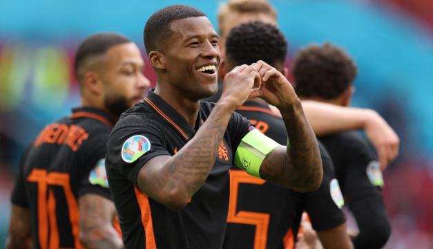 Holanda goleó a Macedonia del Norte y logra pleno de victorias en fase de grupos